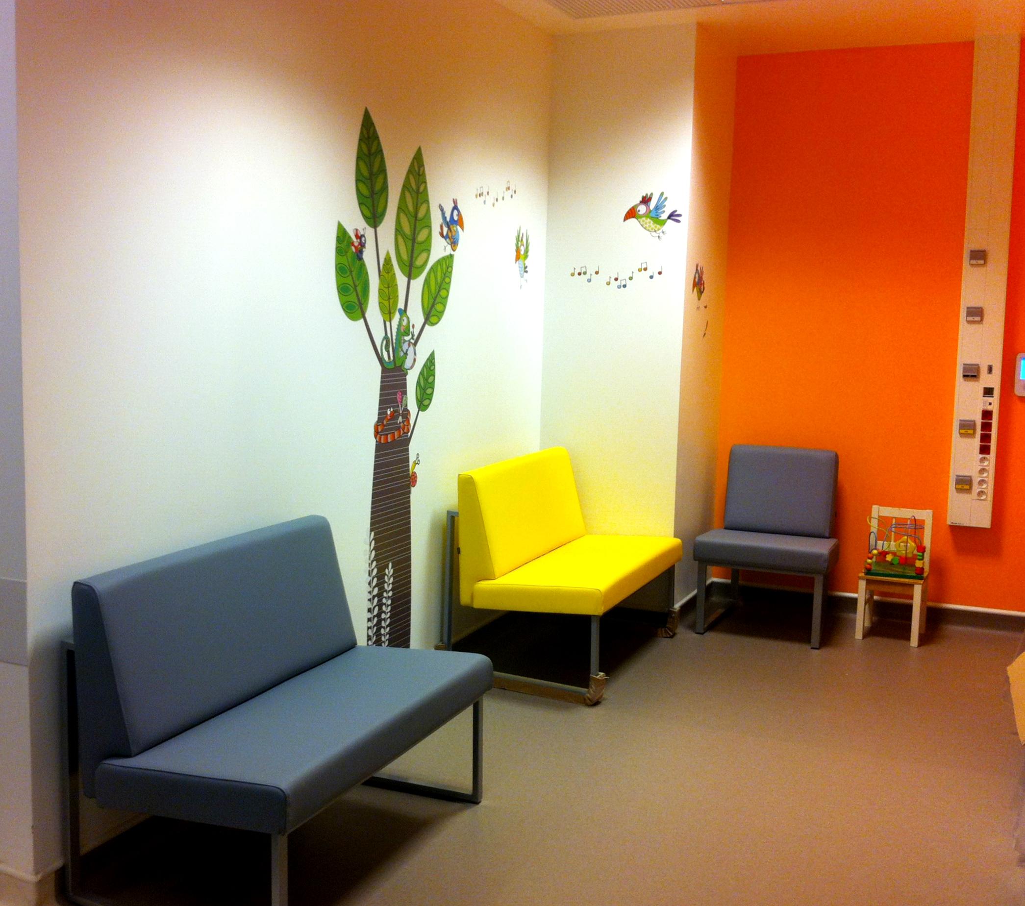 salle d'attente chirurgie urgences