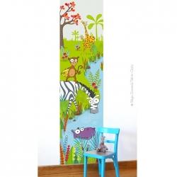 Sur le thème de la jungle, ce lé unique aux tons verdoyant donne a vos enfants une ouverture sur le monde.