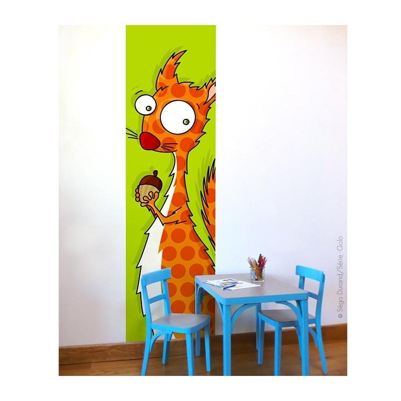 Lé unique écureuil. fond vert. Largeur : 63 cm, longueur : 2,50 m. Pas de rupture de stock, notre atelier imprime le design.