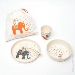 Set repas bébé. 4 pièces en bambou: cuillère... Pour enfant 1er âge. Parfait pour un cadeau ou une liste de naissance.