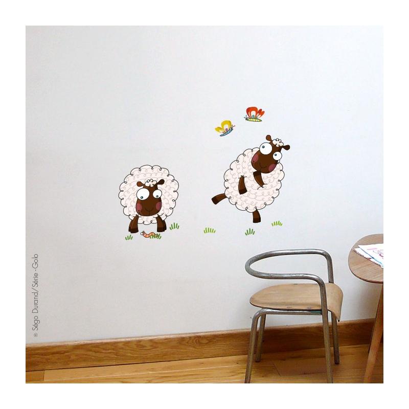 Collection campagne. Dimmension des moutons, 42,5x48,5 cm, 32x38 cm. Matière vinyle.