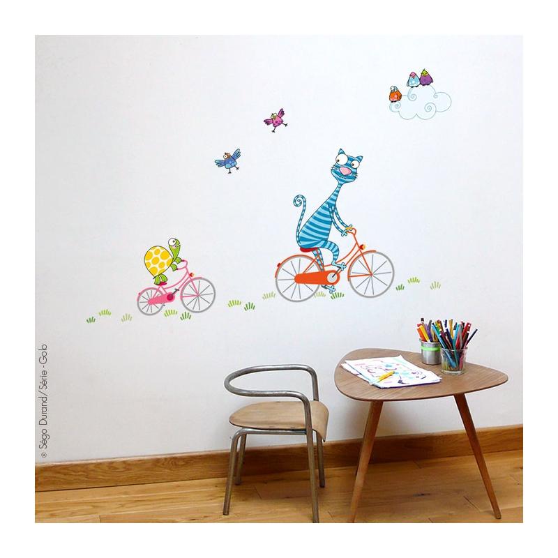 Stickers muraux enfant chat et tortue. De la couleur et de la bonne humeur. Livraison rapide si en stock.