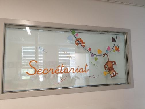Vitre secretariat OK