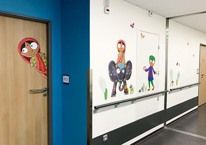 Des couleurs d'Asie dans les couloirs pédiatriques